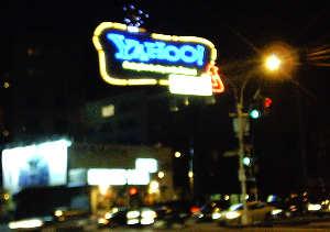 yahoo_sign_night (11k image)